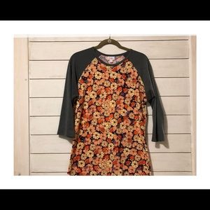 LuLaRoe Randy Tee - size medium